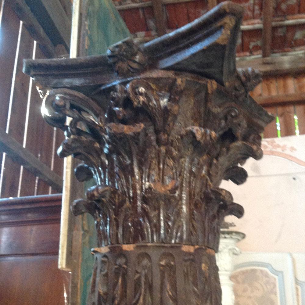 colonne avec chapiteau corinthien 18éme